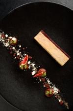 Le foie gras de canard confit et fumé, déclinaison autour de la figue crédit Nis and For