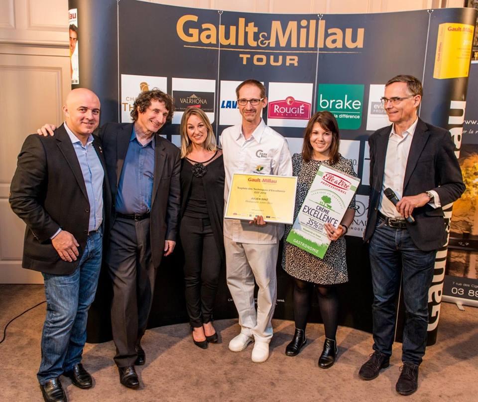 Olivier Nasti a remis un prix Gault Millau à Julien Binz