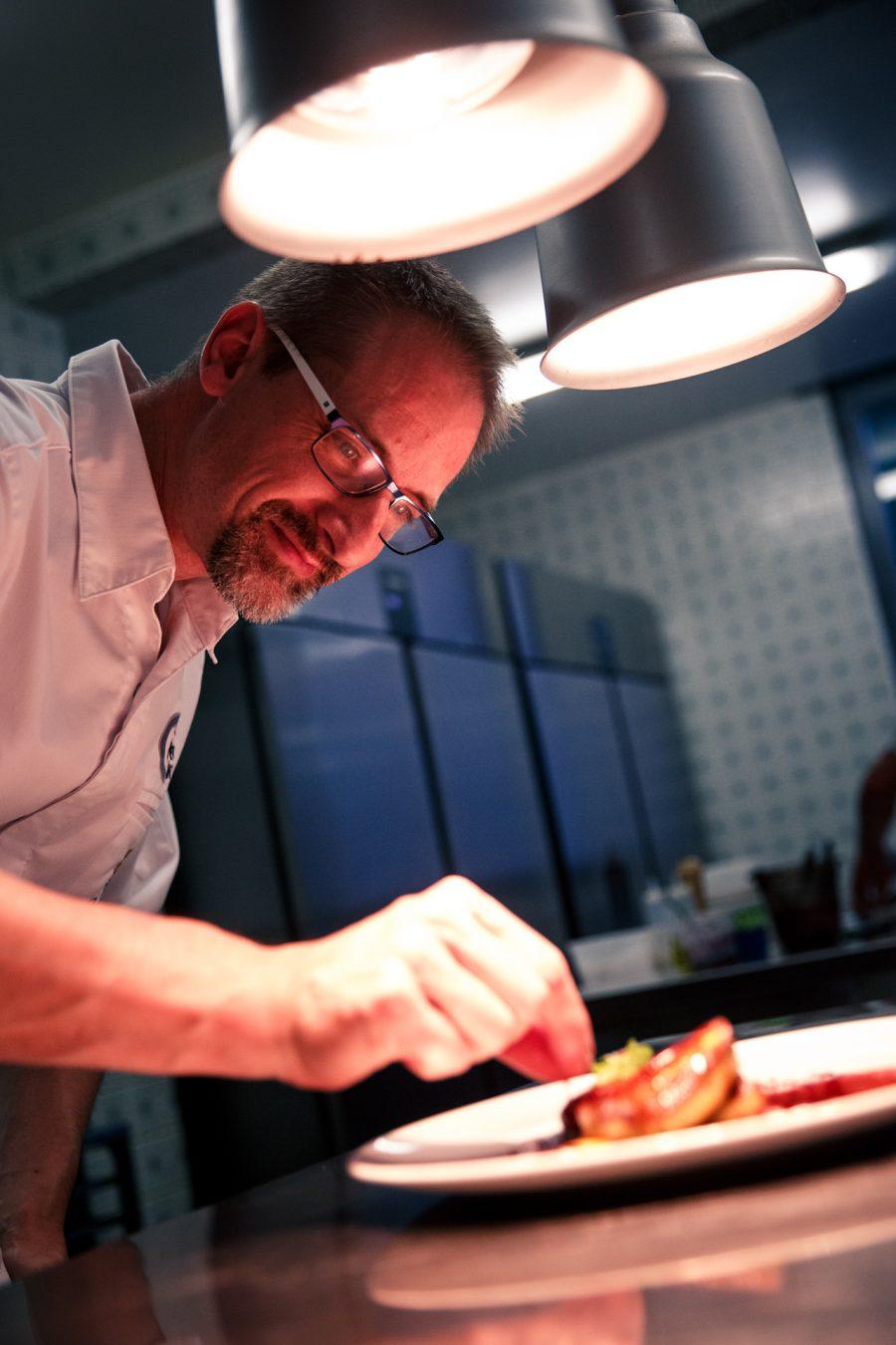 Emploi Le restaurant JULIEN BINZ recrute en salle et en cuisine