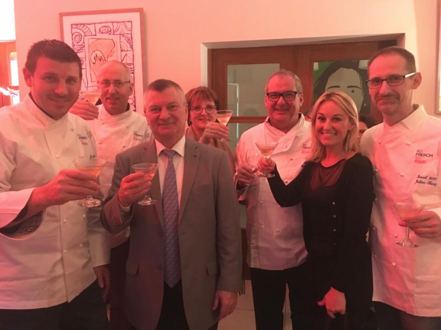 """Gérard Staedel lance l'association """"Alsace-Israël"""" au restaurant DALLAL à Tel Aviv"""