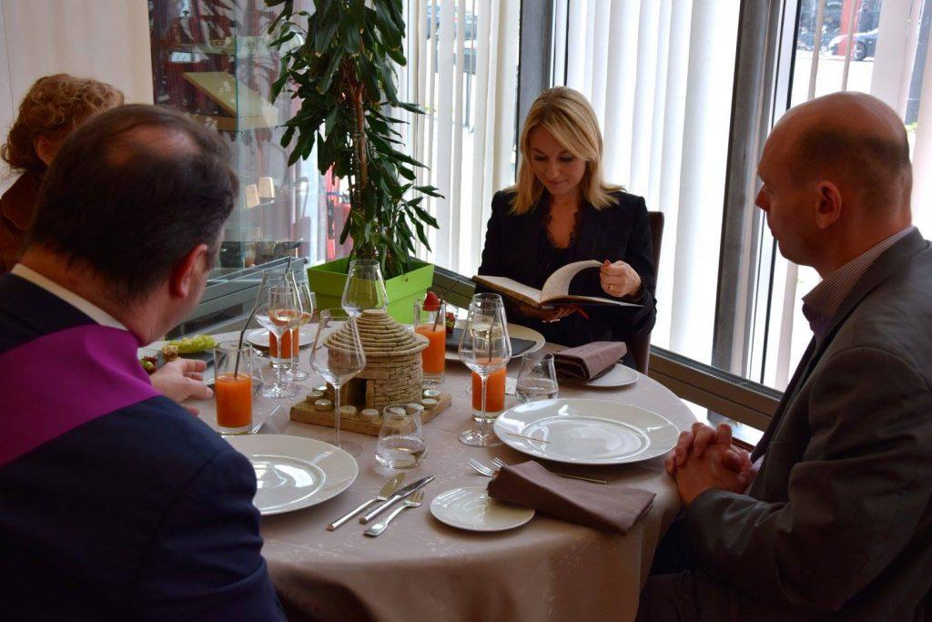 """A la table du jury """"convives"""" crédit photo Stephane Lopez"""