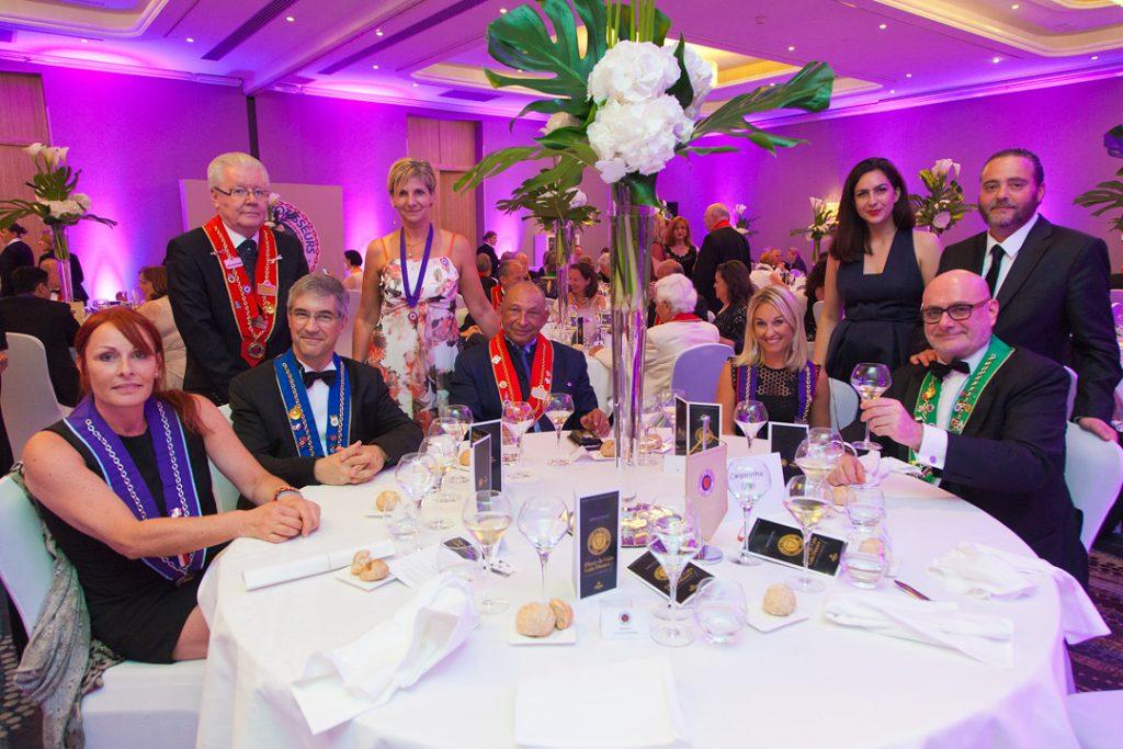 un diner de gala au Hilton Crédit photos Christophe Jehl