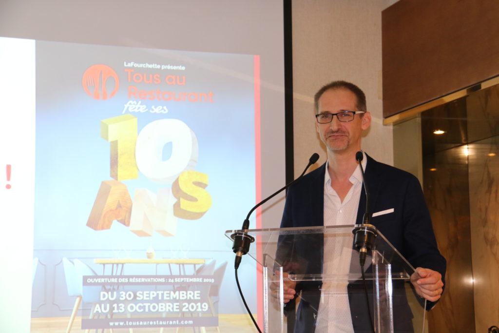Julien Binz lors de la conférence de presse de Tous au Restaurant